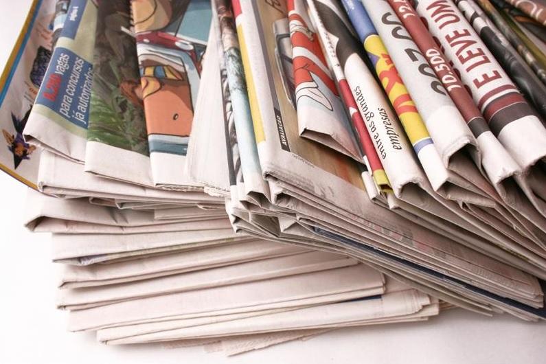 Imágen de periódicos 2 paint