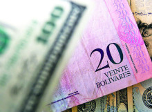 Billetes varios Bs y dólares