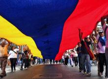Bandera de Venezuela marcha